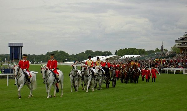 The Royal Carriages at Ascot (c) Steve F via Wikimedia Commons