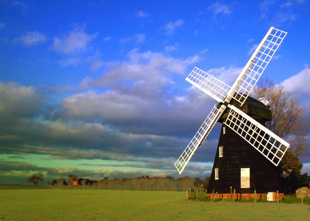 Lacey Green Windmill, Buckinghamshire © Shutterstock / Peter Elvidge
