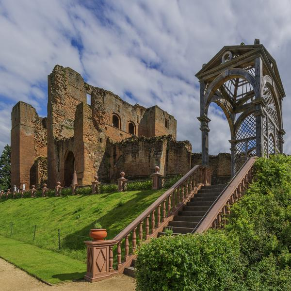 Ruins of Kenilworth Castle