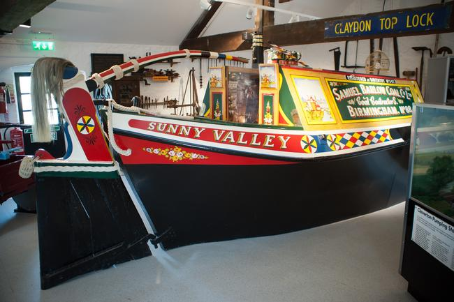 Narrowboat Reconstruction in Canal Museum
