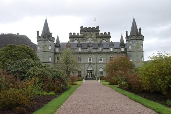The approach to Inverary Castle