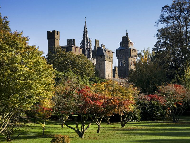 cardiff castle, wales, budget travel
