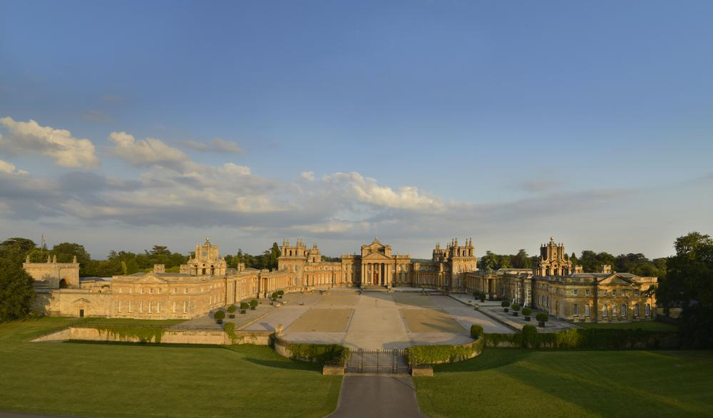 Blenheim palace on for Blenheim builders