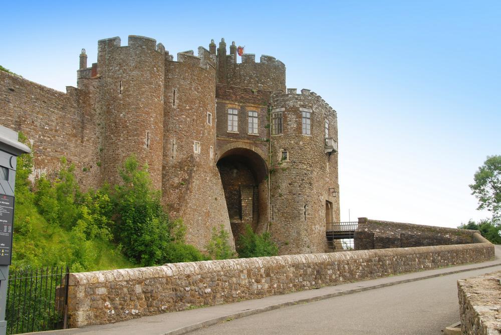 Dover Castle On Aboutbritain Com