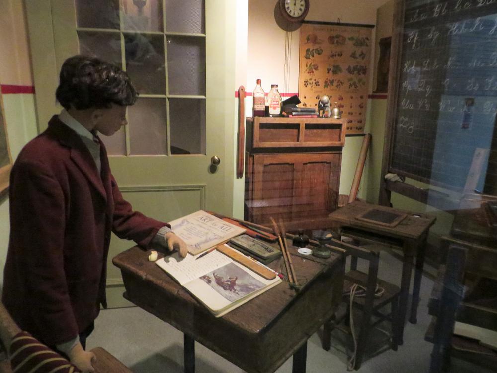 Edinburgh Museum Of Childhood On Aboutbritain Com