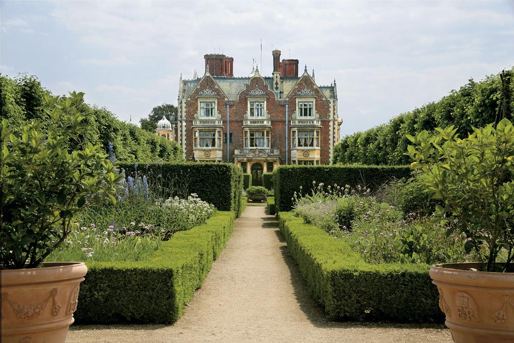 Sandringham House Museum Amp Gardens On Aboutbritain Com