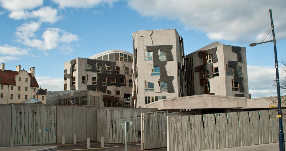 an overview of the british and scottish parlament Provides an overview of scotland, including key events and facts about   parliament with devolved powers from the uk parliament in london.