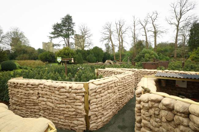 Horrible Histories Maze - Trenches