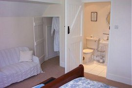 White Cottage Bed and Breakfast Dorset Bathro