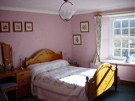 Lilac spacious double en-suite