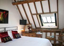Vautled room