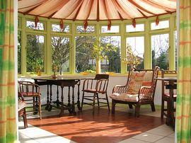 Conservatory breakfast room