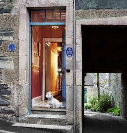 Front Door © Toby Long