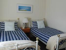 A twin en-suite bedroom