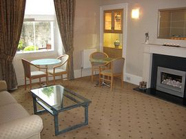 Kew House Lounge