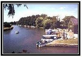 the riverside at lechlade on the river Thames