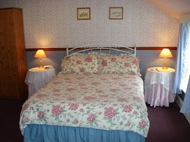 Lovely spacious double room, much requested