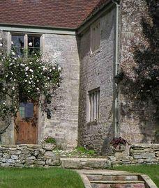 Roses round door