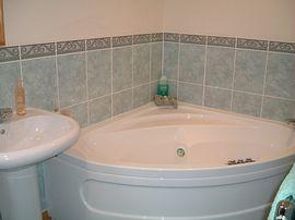 Corner Jacuzzzi Bath