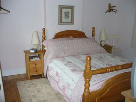 A Bedroom, country cottage feel