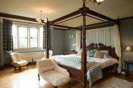 Halcyon Room