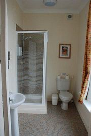 'Super Clean' en-suite