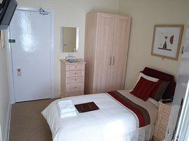 Room 3 -single