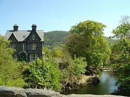 Bryn Afon from the 550 year old bridge