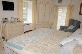 Blue & Ivory Suite