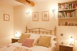 Shippon bedroom
