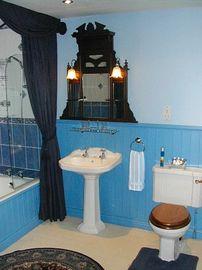 En suite for bedroom 1