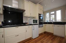 Amberley kitchen