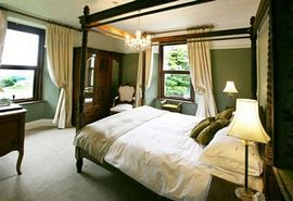 Bedroom Lamorak