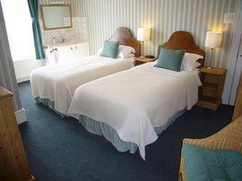 Twin en suite, room 2