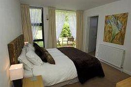 Tarante Bedroom