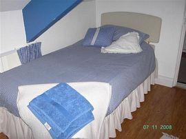 Bedroom (single