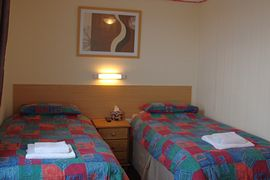 Ensuite twin rooms