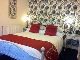 Snugly Ensuite Bedrooms