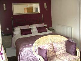 Double bedroom Russian Velvet