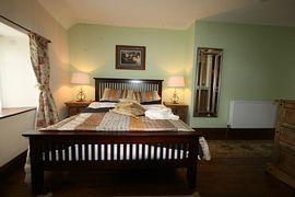 Kingsize/family room