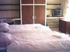 Room4 - Standard family room