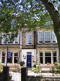 Wynnstay House