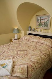Downlands House - Double Room Accommodation