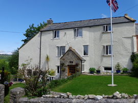 Picture of Lodge House