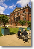 In the V&A courtyard. Picture courtesy of www.britainonview.co.uk.