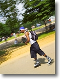 Rollerblading in Hyde Park. Picture courtesy of www.britainonview.co.uk.