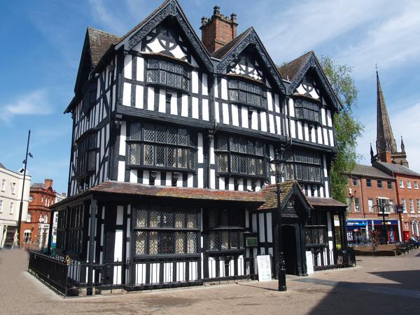 Black and White House, Hereford