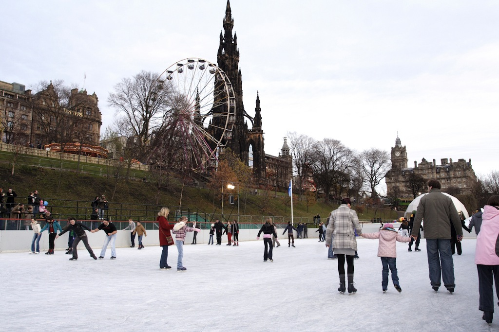 Aboutbritain Com Christmas Ice Rink Gallery