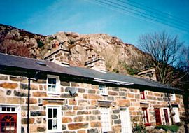 Ty Glyn - Classical stone built miner's cottage