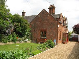 Pear Tree Cottage - The cottage and garden